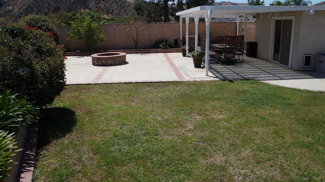 12762 Fenton Avenue, Sylmar, CA 91342 - Backyard (6)