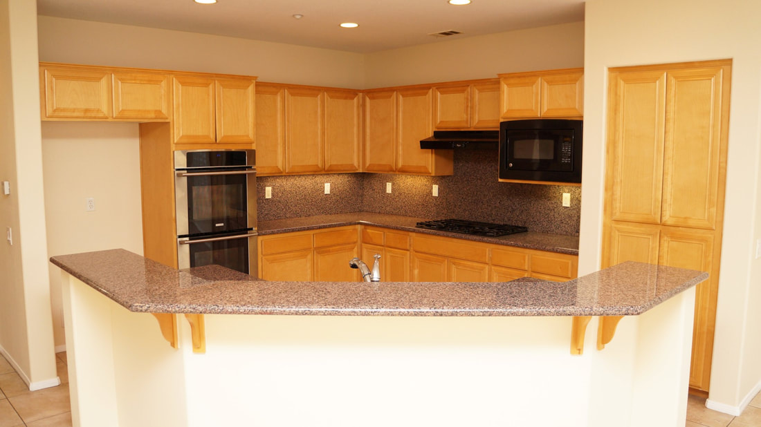 1704 Urbana Lane, Oxnard, CA 93030 - Kitchen (1)