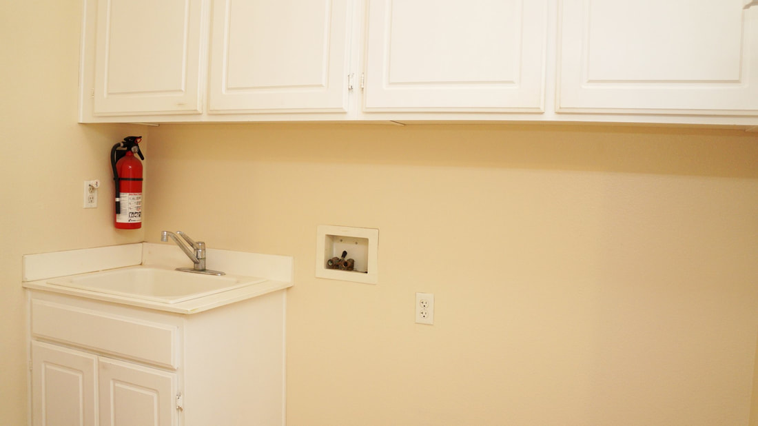 1704 Urbana Lane, Oxnard, CA 93030 - Laundry Room (1)