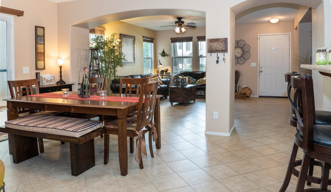 2555 Kenwood Court, Palmdale, CA 93550 - Dining Room (1)