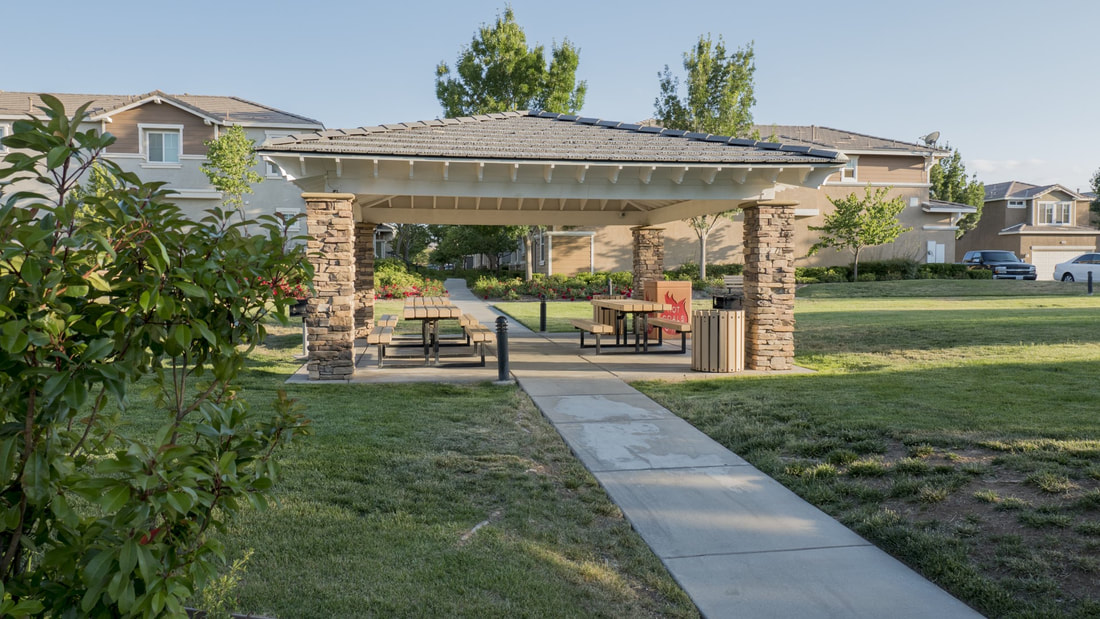 2555 Kenwood Court, Palmdale, CA 93550 - Picnic Area