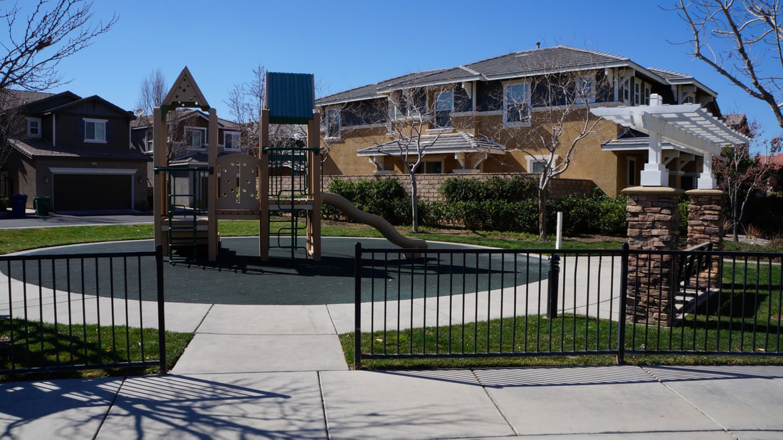 2555 Kenwood Court, Palmdale, CA 93550 - Playground (1)