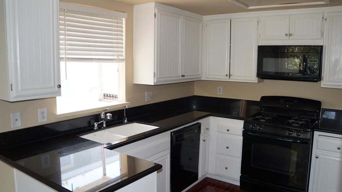 26846 Claudette Street #205, Canyon Country, CA 91351 - Kitchen (2)