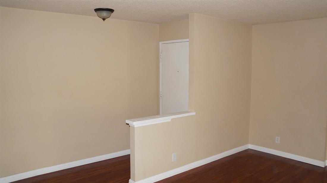 26846 Claudette Street #205, Canyon Country, CA 91351 - Living Room (2)