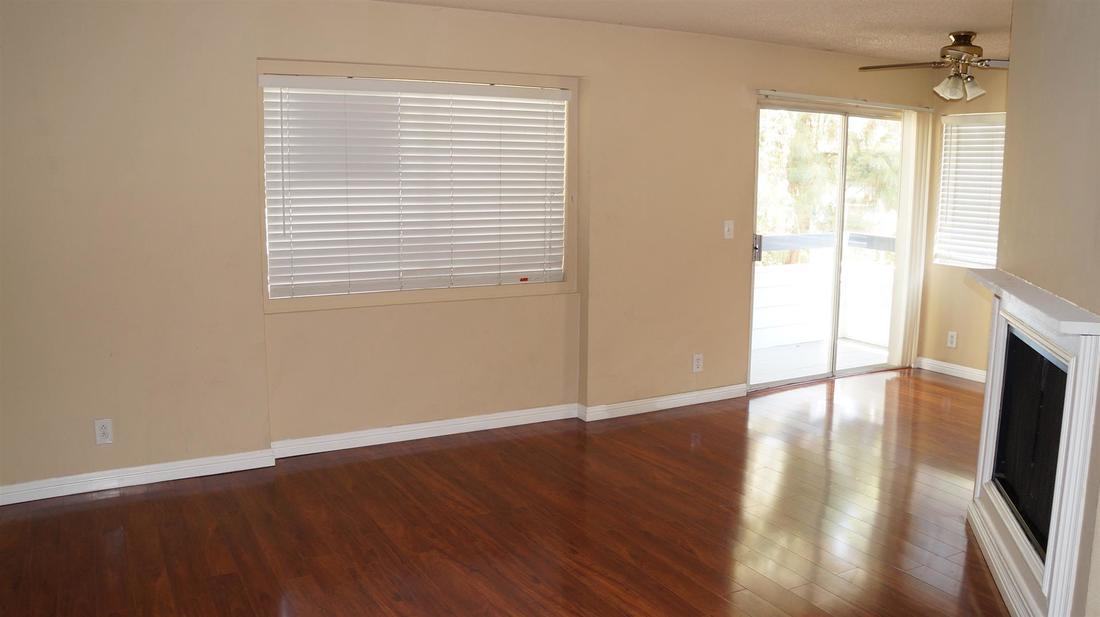 26846 Claudette Street #205, Canyon Country, CA 91351 - Living Room (4)