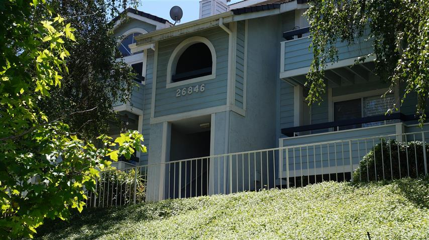 26846 Claudette Street #205, Canyon Country, CA 91351
