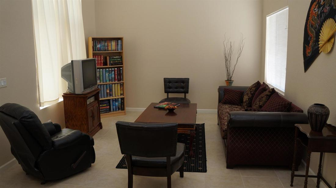 38721 Berrycreek Court, Palmdale, CA 93551 - Formal Living Room (2)