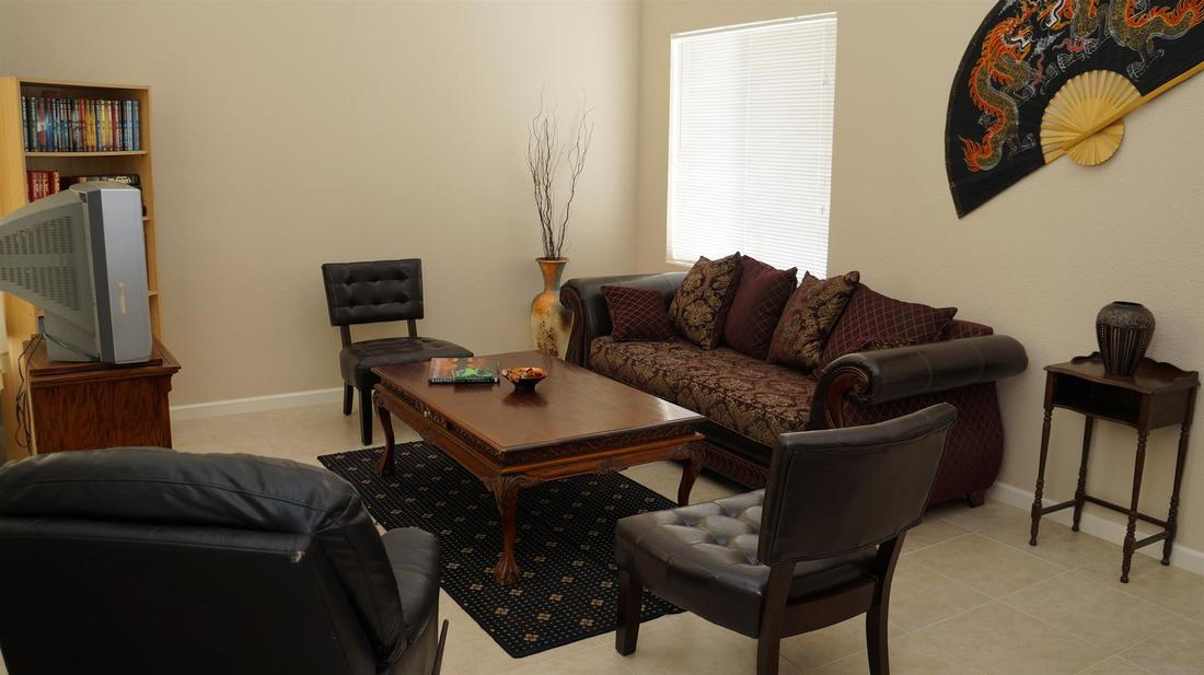 38721 Berrycreek Court, Palmdale, CA 93551 - Formal Living Room (3)