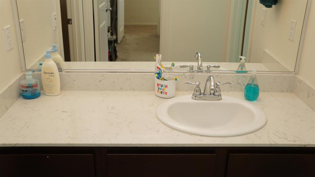675 Seine River Way, Oxnard, CA 93036 - Bathroom 2