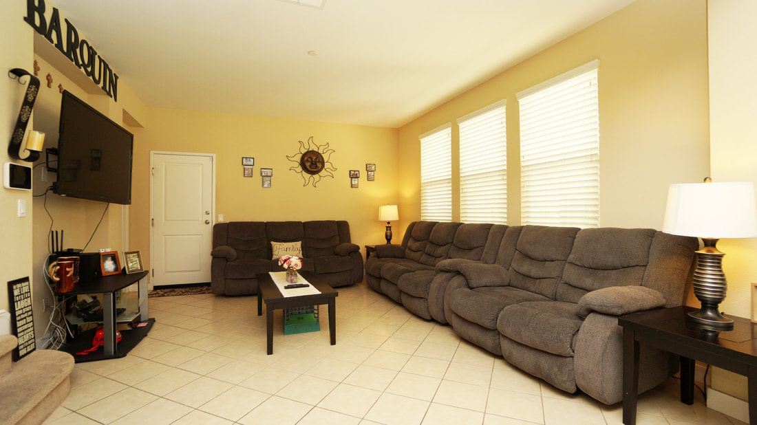 436 Pear Avenue #103, Ventura, CA 93004 - Living Room (1)