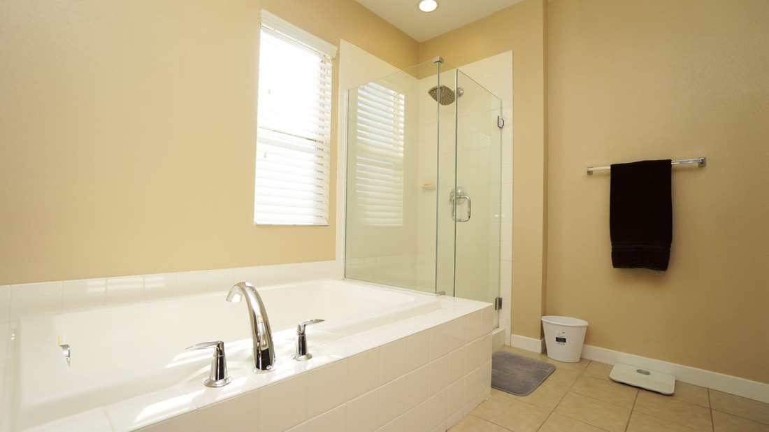436 Pear Avenue #103, Ventura, CA 93004 - Main Bathroom (2)