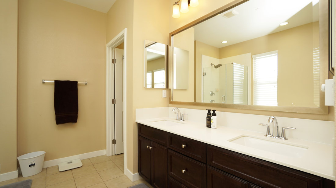 436 Pear Avenue #103, Ventura, CA 93004 - Main Bathroom (3)