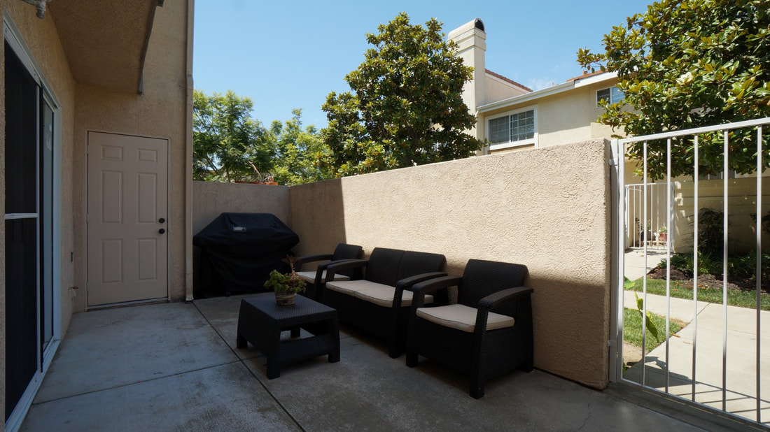5245 Columbus Place, Oxnard, CA 93033 - Front Patio 2