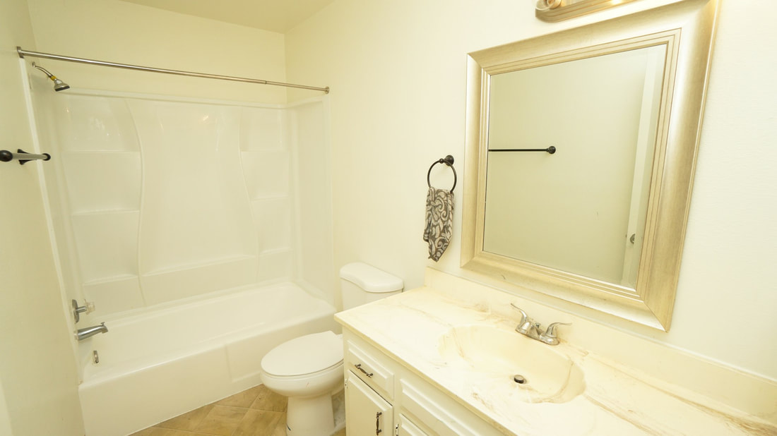 707 Ivywood Drive, Oxnard, CA 93030 - Bathroom 2