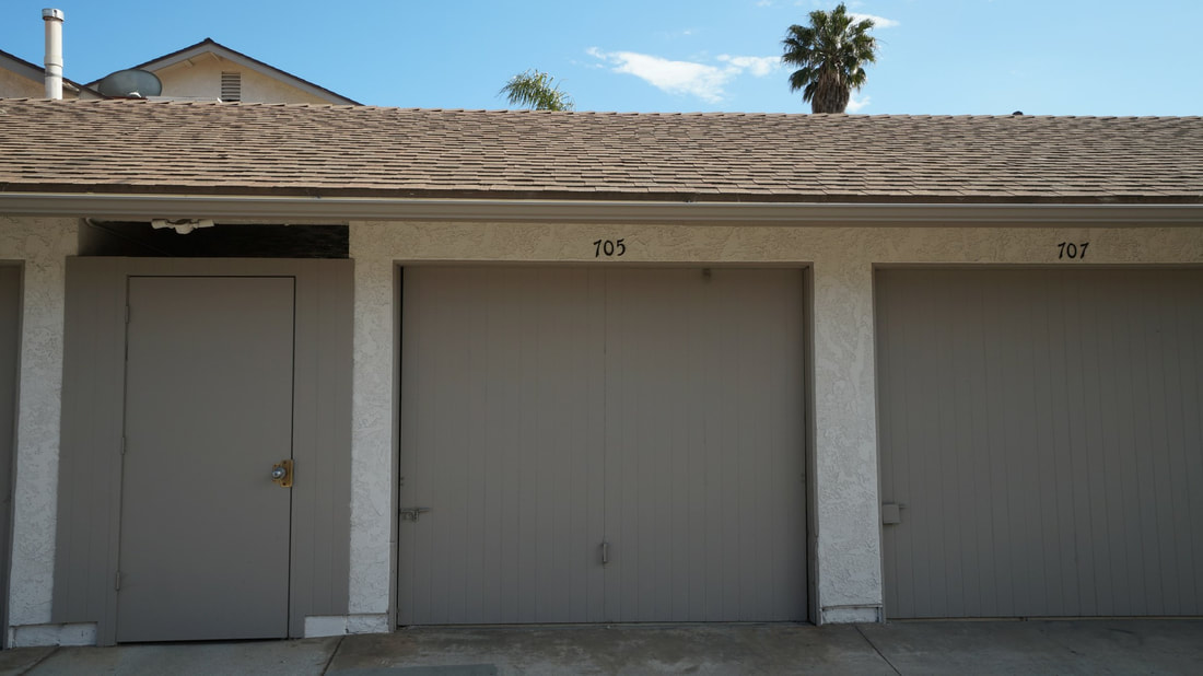 707 Ivywood Drive, Oxnard, CA 93030 - Garage