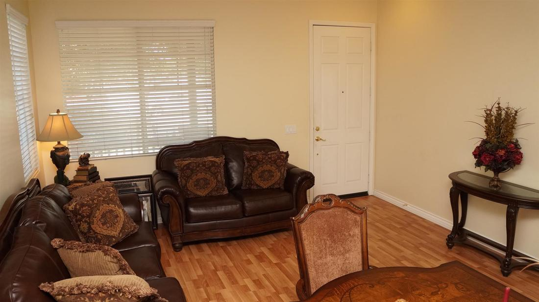1952 Socorro Way, Oxnard, CA 93030 - Formal Living Room