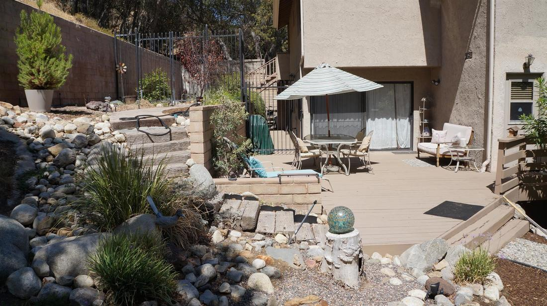 23710 La Salle Canyon Road, Newhall, CA 91321 - Side Yard