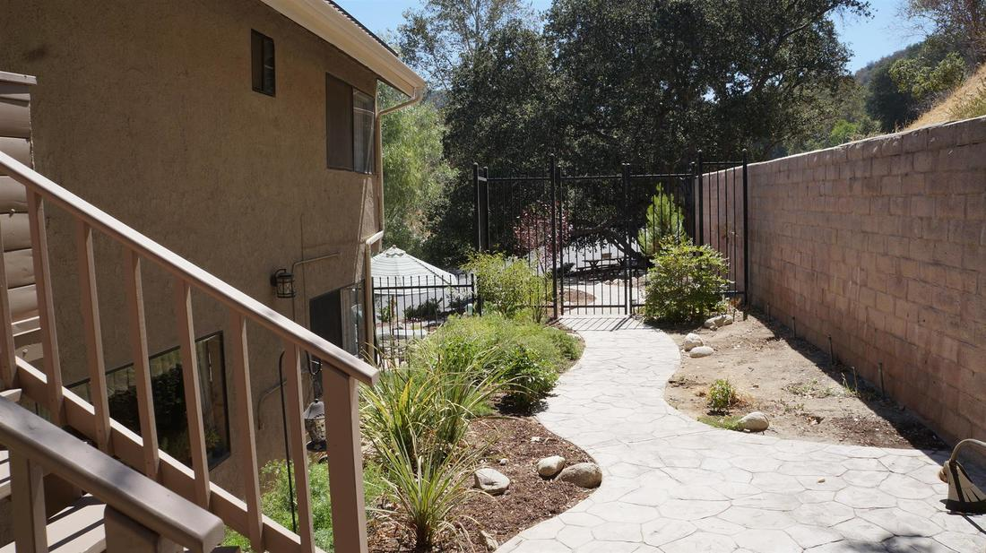 23710 La Salle Canyon Road, Newhall, CA 91321 - Back Yard
