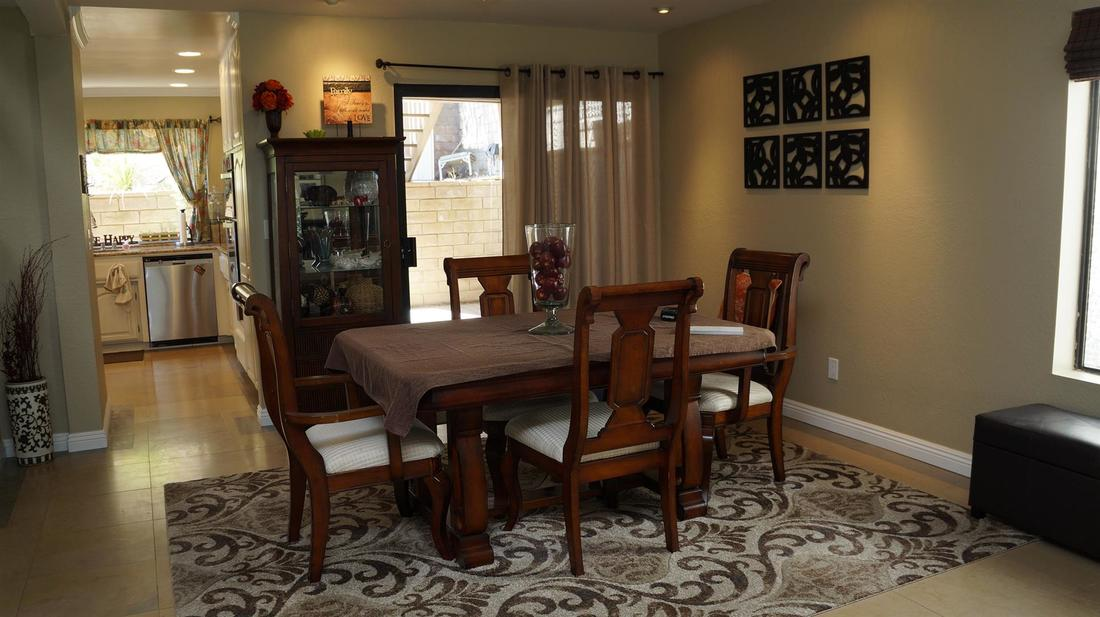 23710 La Salle Canyon Road, Newhall, CA 91321 - Dining Room