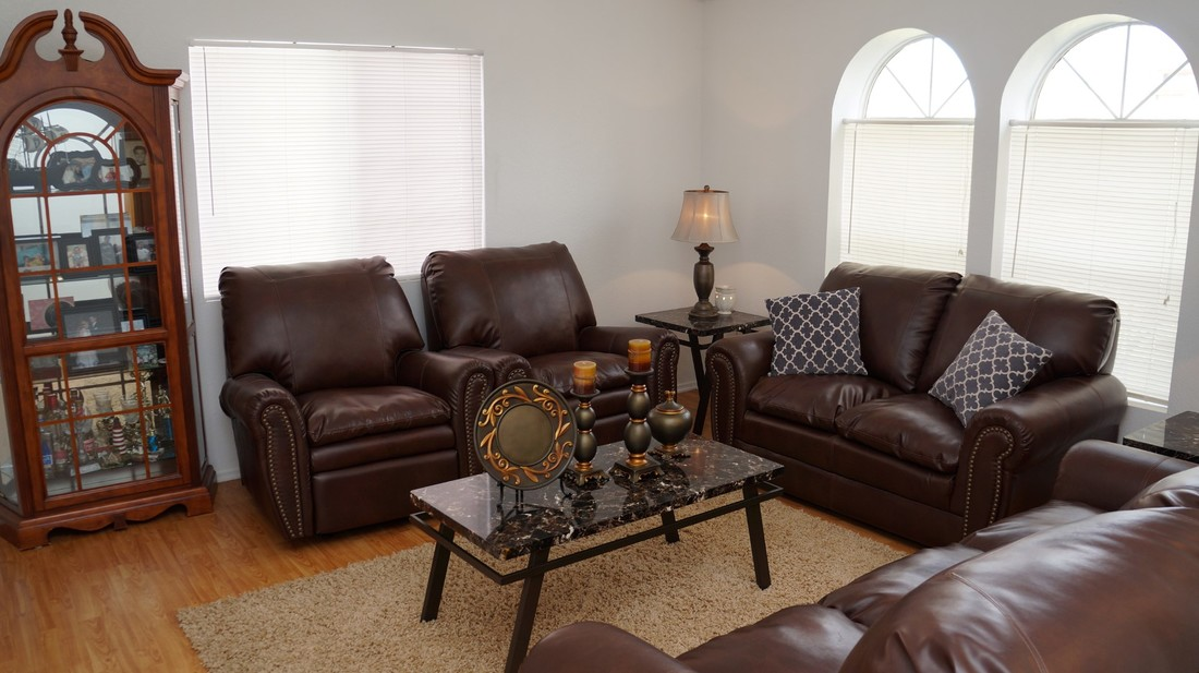 1554 Bluebell Street, Lancaster, CA 93535 - Formal Living Room