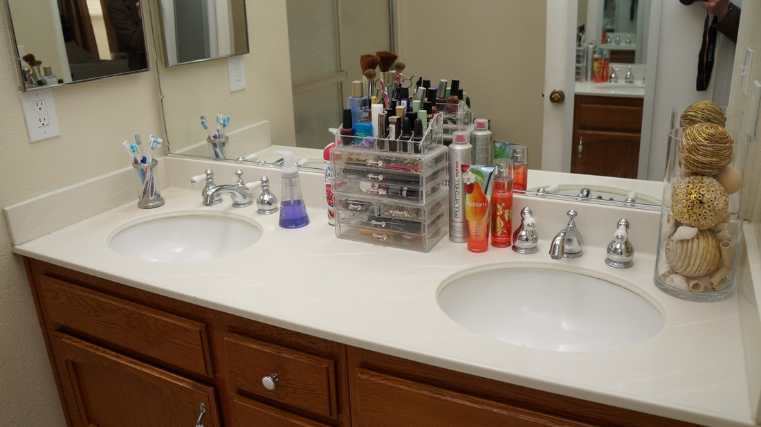 1554 Bluebell Street, Lancaster, CA 93535 - Main Bathroom